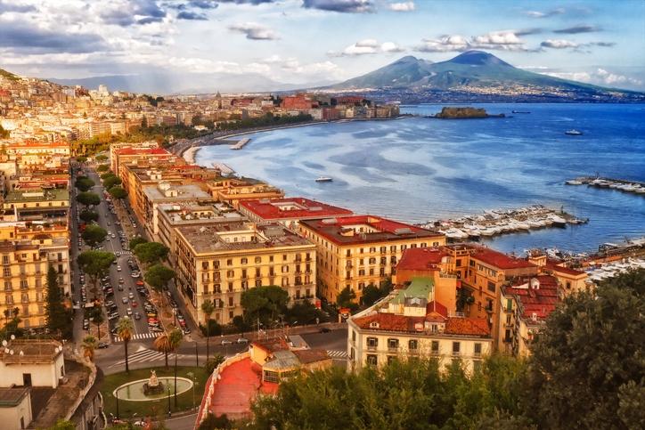 Giro Del Golfo Di Napoli In Gozzo