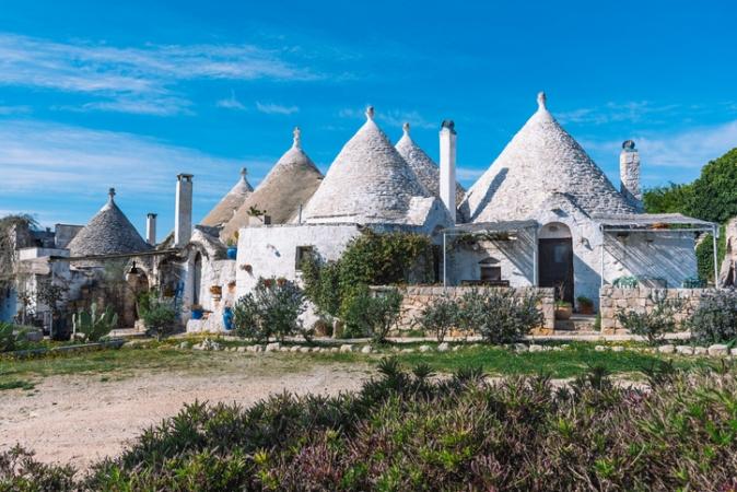 Borgo Di Cisternino Tour  Guidati