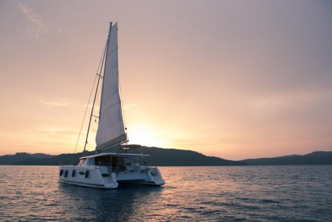 Un Catamarano Di Lusso Escursioni
