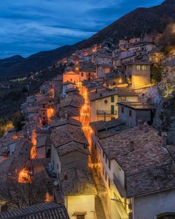 Borgo Di Castel Di Tora Tour  Guidati